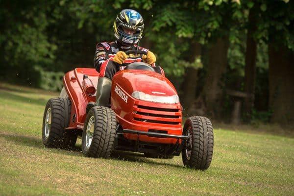 honda-mower-racer-driver