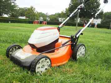 stihl-lawnmower1