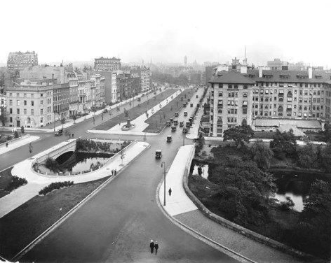 View of Comm. Ave. from Charlesgate ca. 1930. Courtesy of the Bostonian Society
