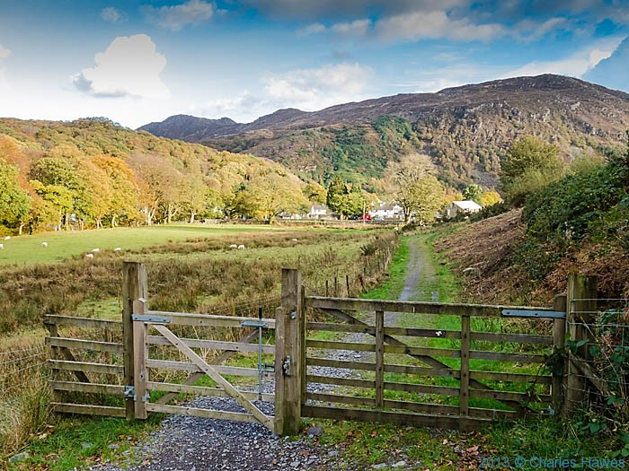 Track leading to Beddgelert, Snowdonia, photographed by Charles Hawes