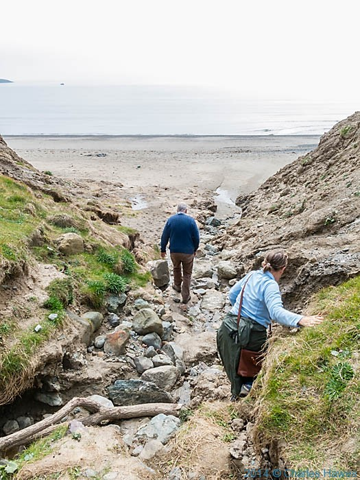 Climbing down to the beach at Aberdaron, photographed by Charles Hawes