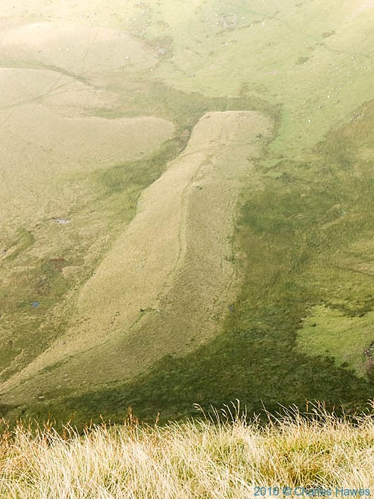 mound below Picws Du, photographed from The Cambrian Way by Charles Hawes