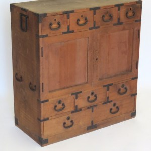 Tansu with Two Doors and Nine Drawers