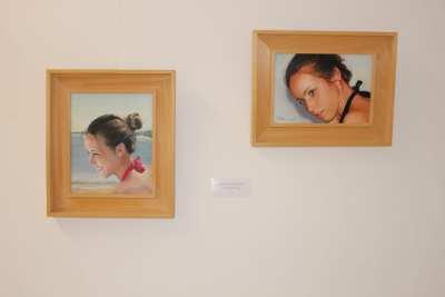 deux peintures de l'exposition artistique