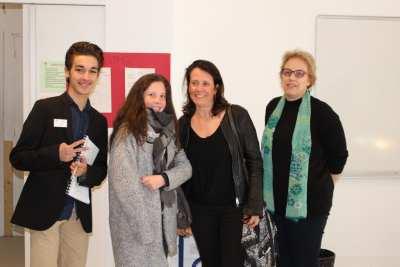 Mme KHER, Ryan REGAOUI et une future élève en STMG