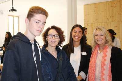 Mme LANIEL, Amel KASHI et un futur candidat en STMG