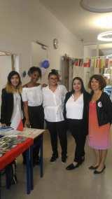 Les étudiantes organisatrices et C SCHINTU