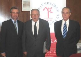 Powell_Cavero_Landelino (logo CEU)