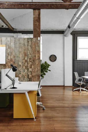 Charles Ray and Coco Des-bureaux-industriel-design-8
