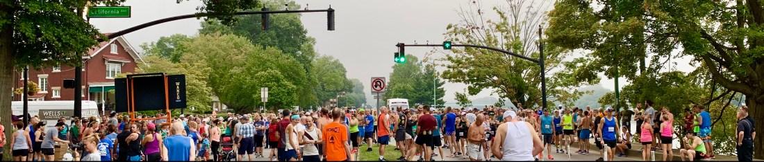 Starting area of the 2019 Charleston Distance Run
