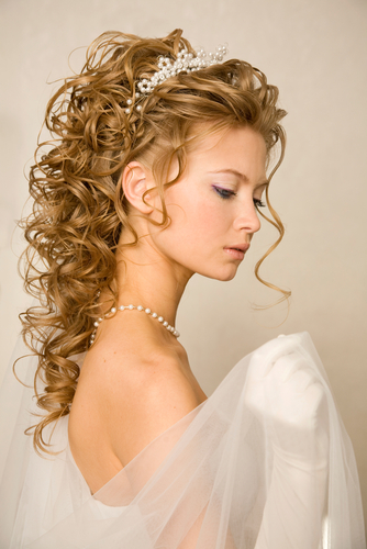 """5 Hair Mistakes to Avoid Before You Say """"I Do"""""""