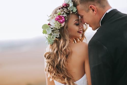 Top 3 2018 Summer Wedding Hairstyles