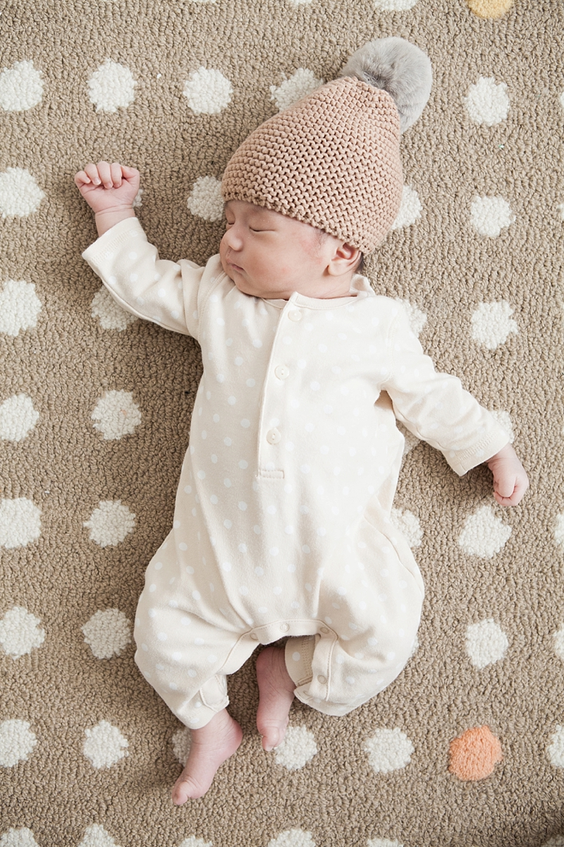 newbornsession-miles_012