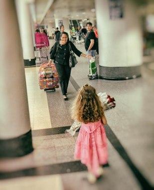Meeting Grandma at the airport 2 (1 of 1)
