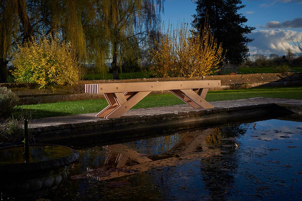 charlie-caffyn-designs-oak-bench-seat-1