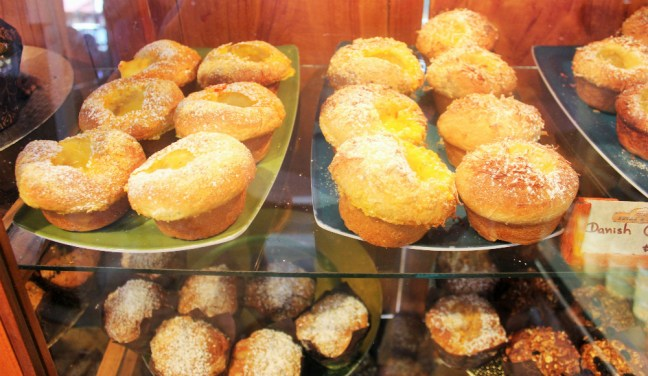 Muffins at Sugar and Spice Boquete Panama - Charlie on Travel