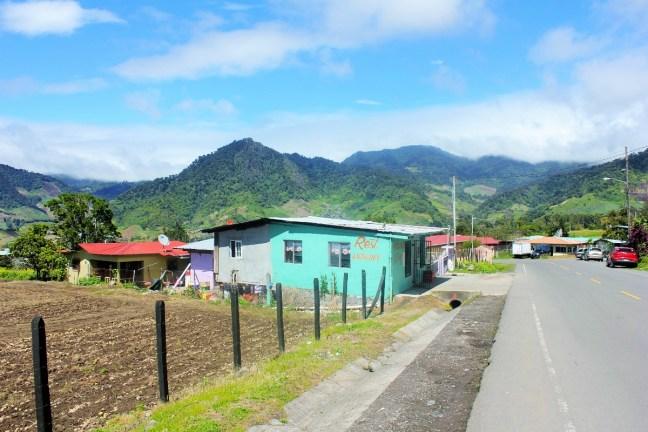 Restaurante Nelson Cerro Punta Volcan Panama - Charlie on Travel