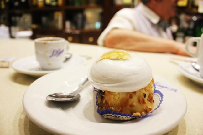 Best Patisserie in SevilleConfiteria La Campana - Vegetarian in Seville - Charlie on Travel