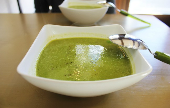 Vegan in Bansko - Pea Soup at Le Retro - Charlie on Travel