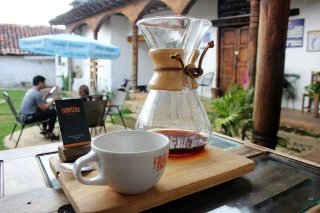 san-cristobal-de-las-casas-mexico-coffee-at-la-frontera-charlie-on-travel
