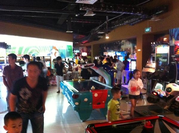 Arcade-Diamond-Plaza