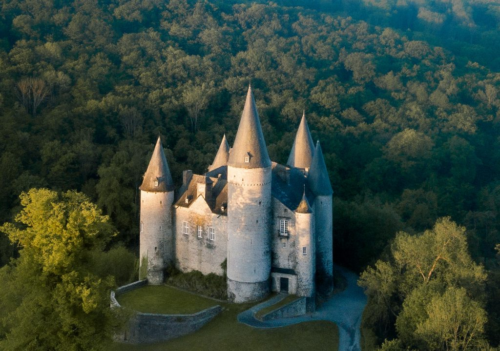 Chateau de Vêves in Namur, The Most Beautiful Castles in Belgium That You Must See