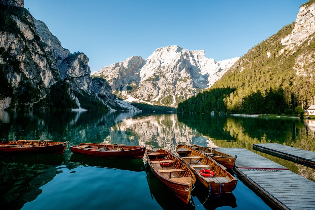 How To Visit Lago Di Braies And Take Beautiful Photos