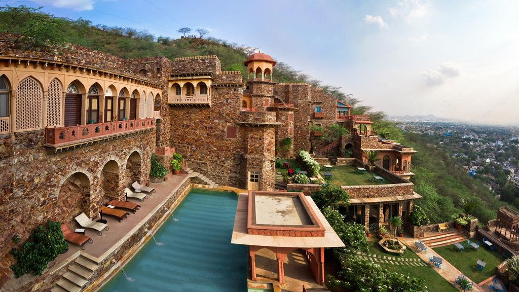 Best 5 Star Luxury Hotels in Rajasthan - India