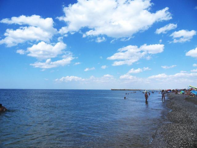 Takie tam bezkresne morze i ludki.