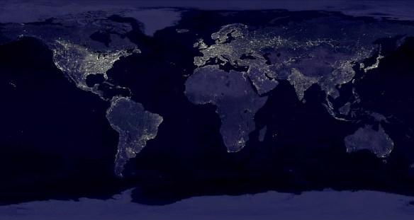 Ziemia nocą. Źródło: https://www.flickr.com/photos/wwworks/2712985992