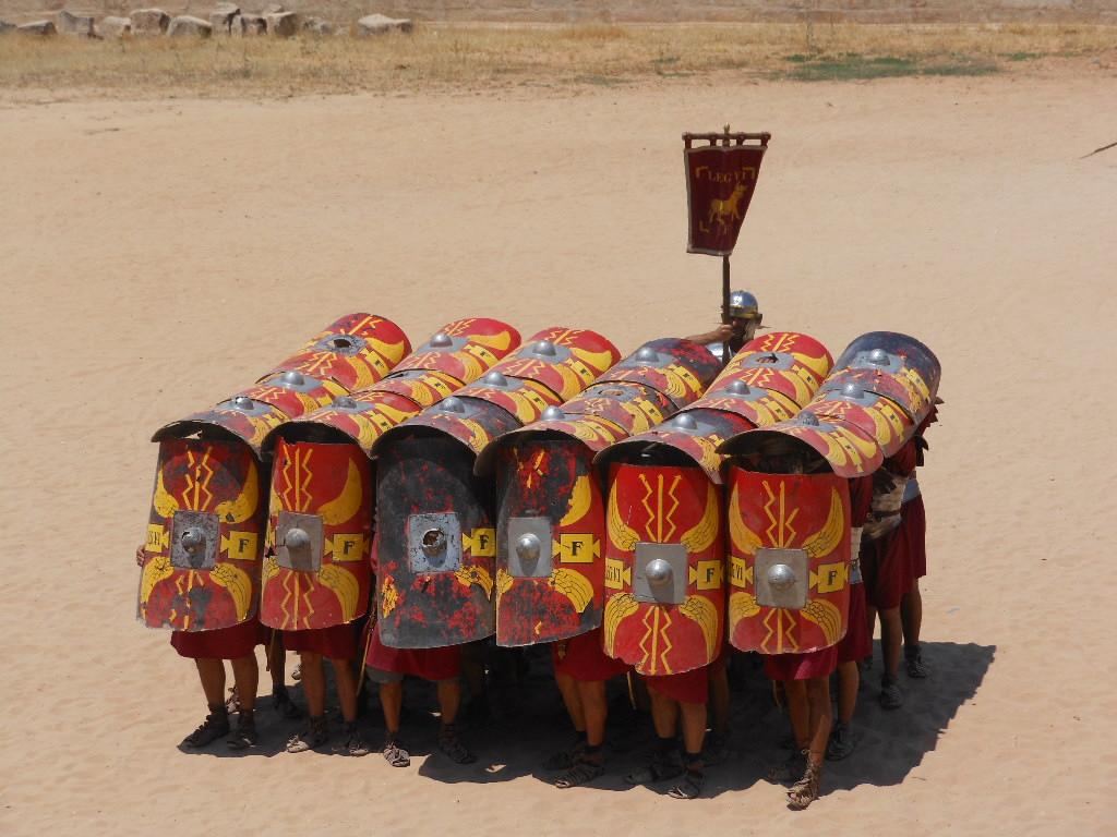 Rzymscy legioniści. Zdjęcie prawdziwe z czasów Juliusza Cezara:) Źródło: https://flic.kr/p/a1KdM4