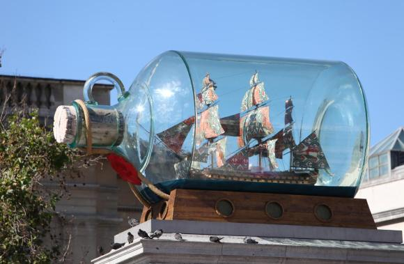 nelsons_ship_in_a_bottle_by_yinka_shonibare