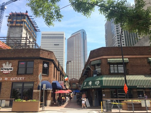 15 Signs You Grew Up In Charlotte