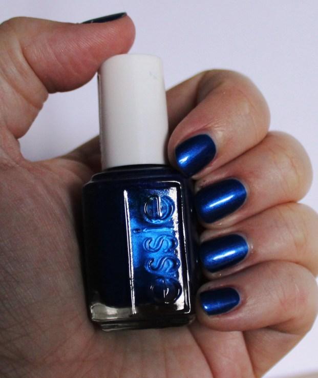 essie_aruba_blue_nail_polish_vernis_ (6)
