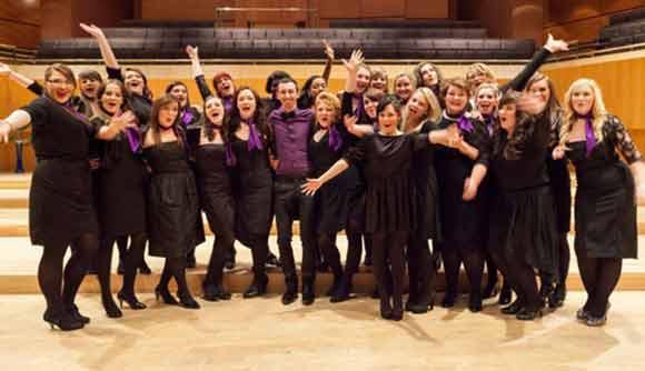 Les-Sirenes-Choir-Of-The-Year