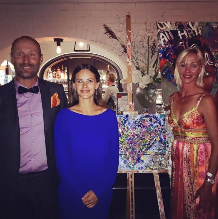 Charlotte_Olsson_Art_Konst_Artist_Galadinner_Auktion_Swedishartist_Charity