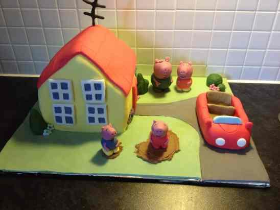 Peppa Pig House Cake