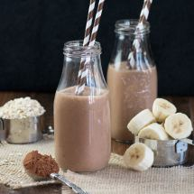 Coconut banana chocolate smoothie 5