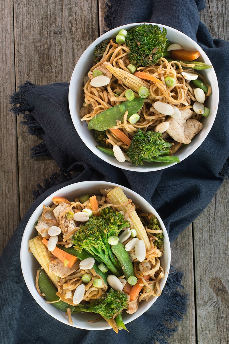 These peanut chicken noodles are perfect for a quick meal, ready in just 15 minutes and they taste simply delicious.