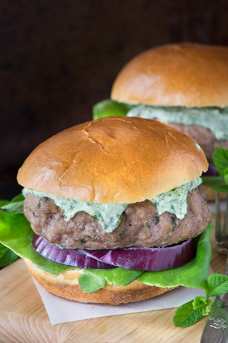 These minted lamb burgers taste delicious and are quick and easy to make, perfect for a quick dinner or a summer barbecue.
