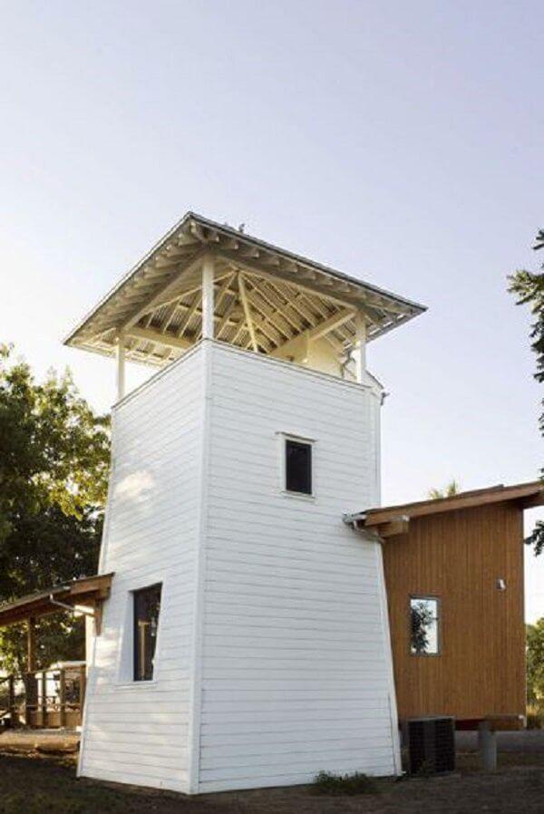 ユニークなデザインの小さな家