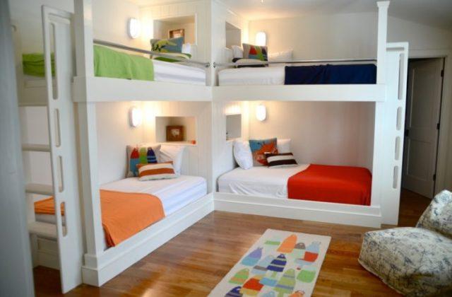 クールなビルトイン二段ベッド
