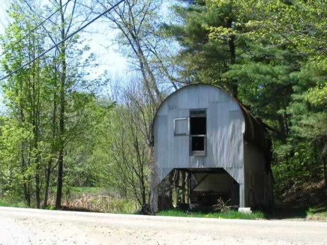 27素晴らしい生活環境に最適なQuonset Hut Homes 22