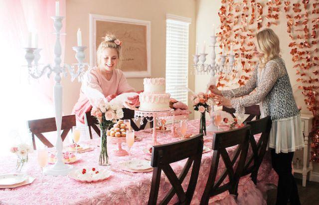 マリー・アントワネットは、カラのパーティーのアイデアに関するパーティーに影響を与えました|  KarasPartyIdeas.com(4)