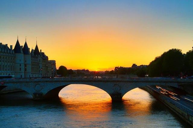 パリ訪問のヒント
