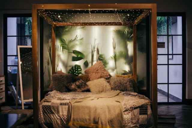 居心地の良い自由奔放に生きる寝室のアイデア