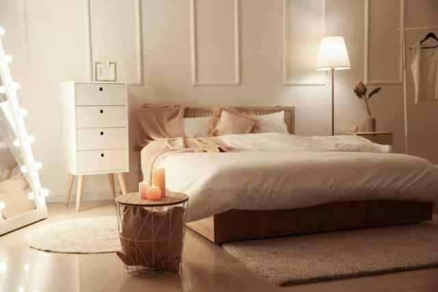 女の子の部屋のロマンチックな寝室のアイデア3