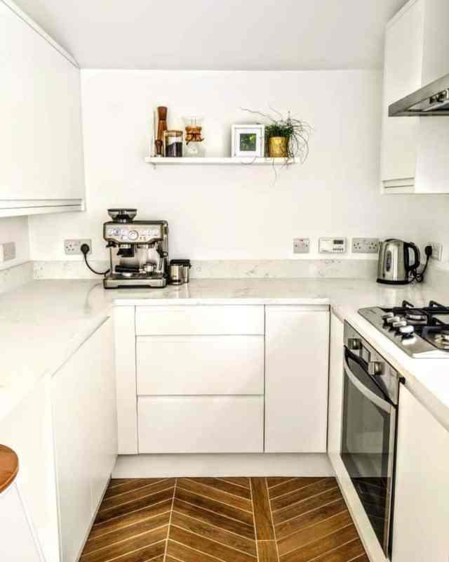 キッチン棚ディスプレイキッチン壁の装飾のアイデアfixeruppernewtownardsroad