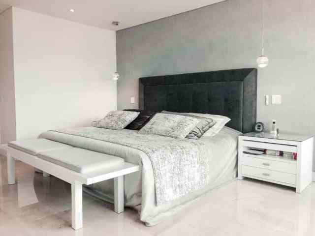 ミニマリストの寝室の照明のアイデア2