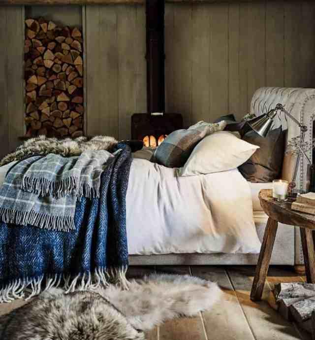 素朴なロマンチックなベッドルームのアイデア